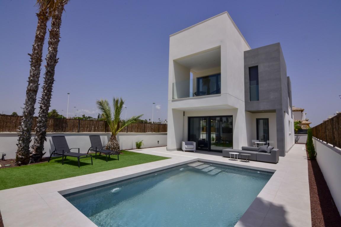 New build Villa in La Marina La Marina