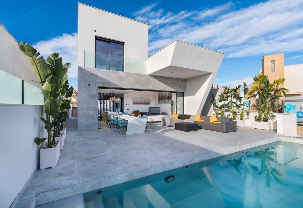 Ref:SSG-BEL4 Villa For Sale in Rojales