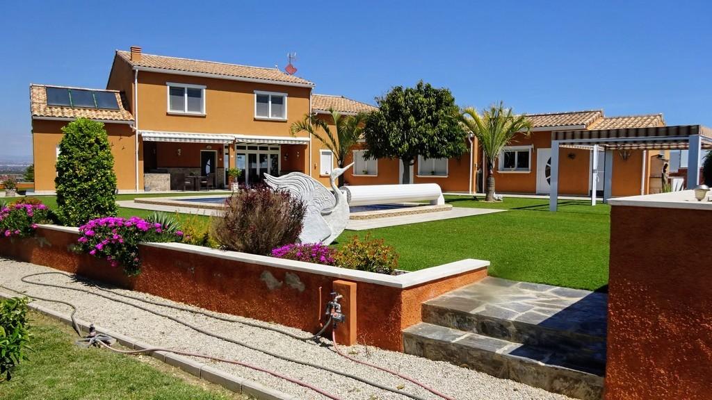 Ref:SSG-p1834 Villa For Sale in Elche