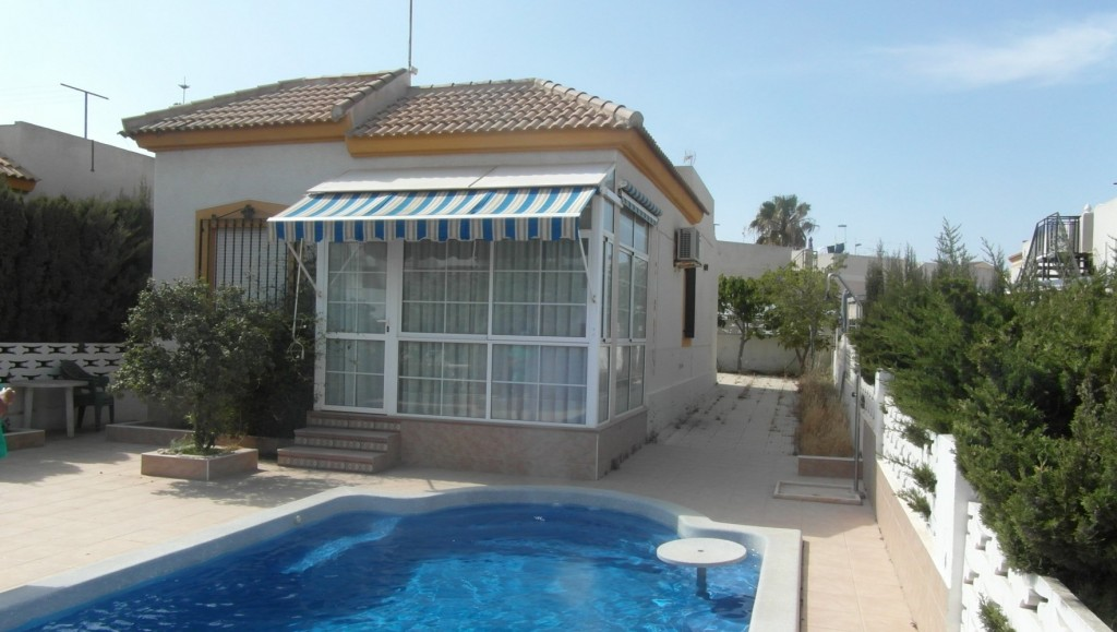 Ref:SSG-p0682 Villa For Sale in Torrevieja