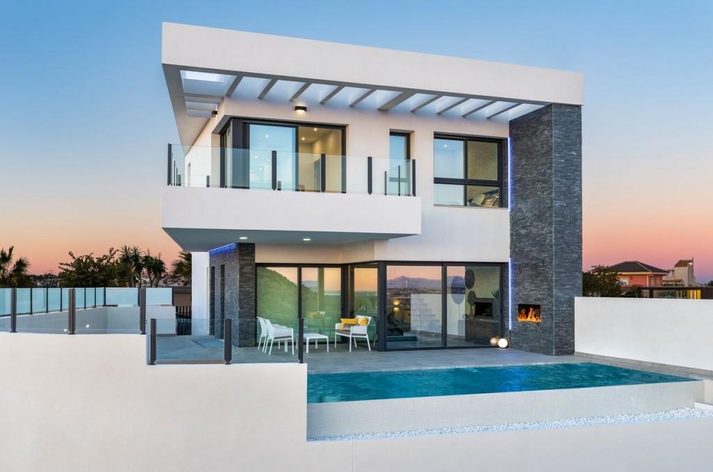 SSG-LAR3: Villa in Ciudad Quesada