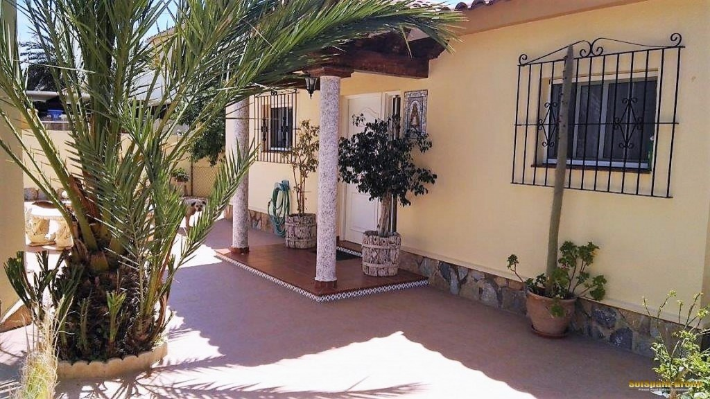 SSG-p1317: Villa in Torrevieja