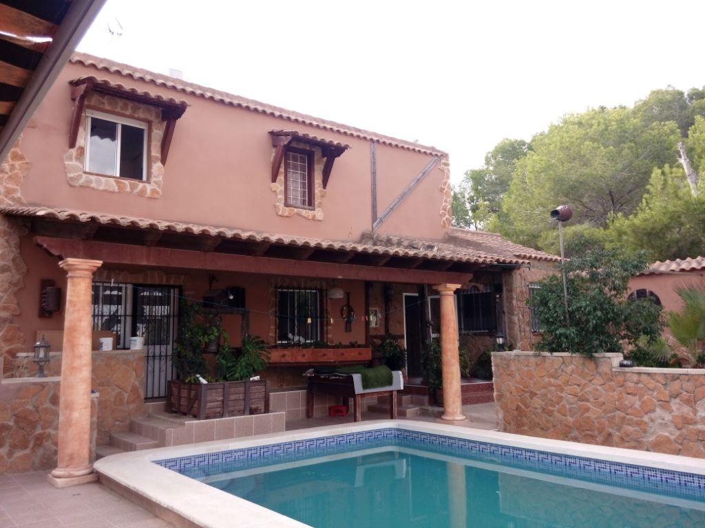 SSG-p1945: Villa in Jacarilla