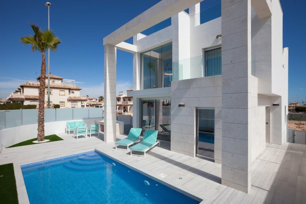 SSG-IMS3: Villa in Cabo Roig