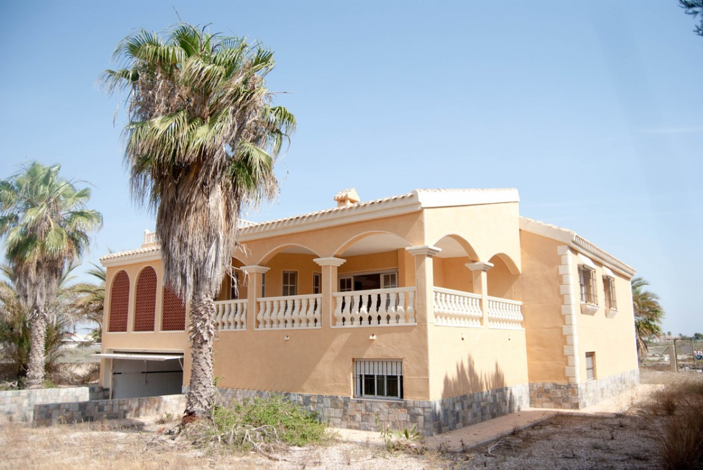 SSG-URB6: Villa in La Manga Del Mar Menor