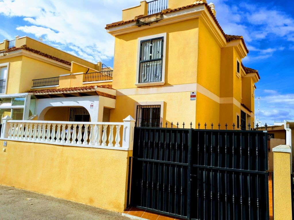 Ref:SSG-P1995 Townhouse For Sale in Ciudad Quesada