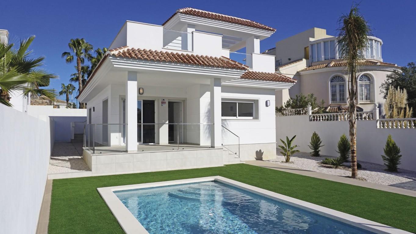 SSG-EUR15: Villa in Ciudad Quesada