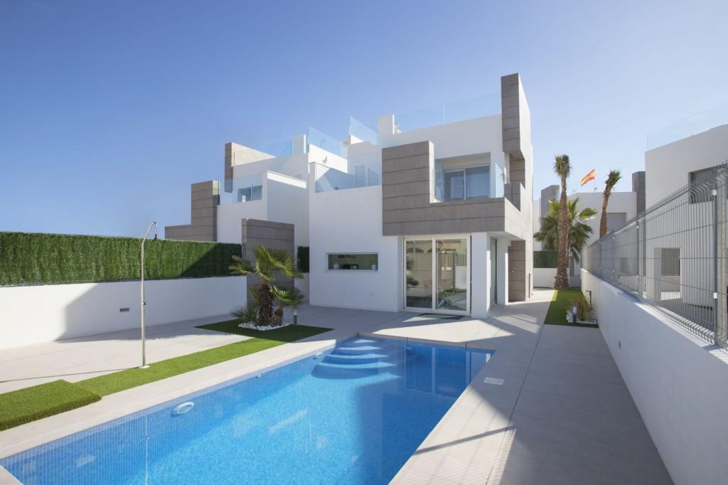 SSG-SAL2: Villa in El Raso Guardamar