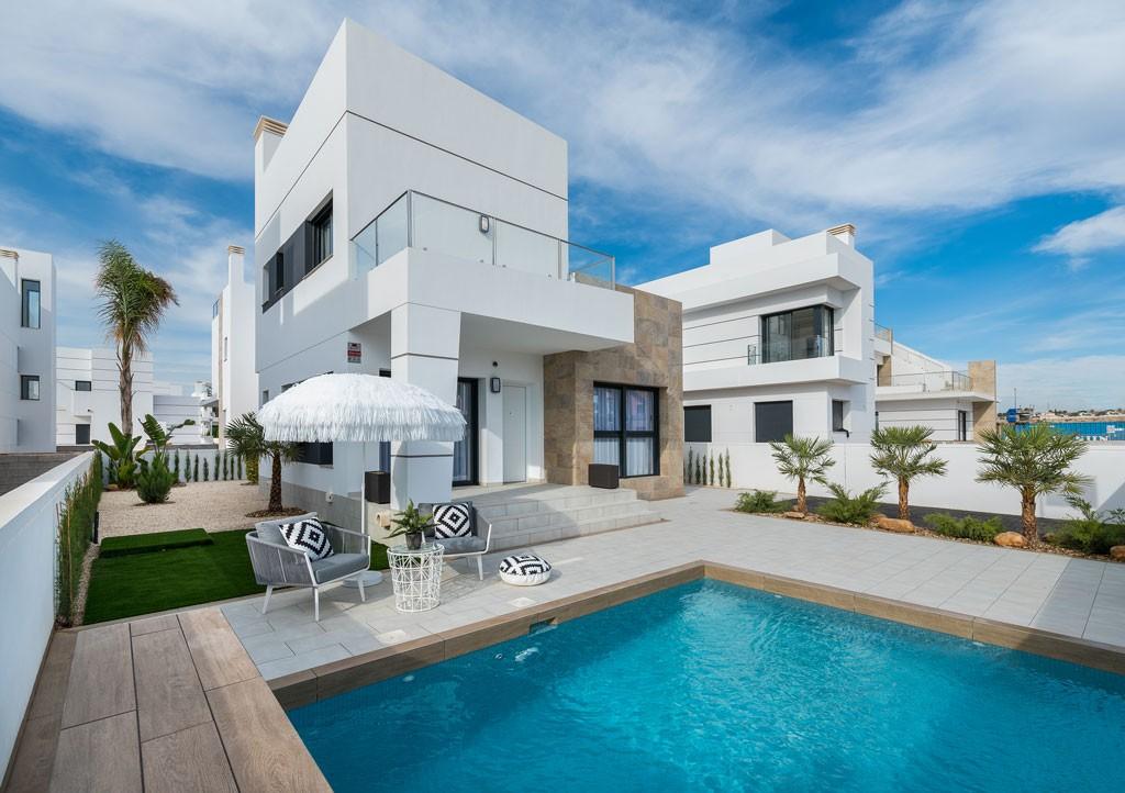 SSG-EUR20: Villa in Ciudad Quesada