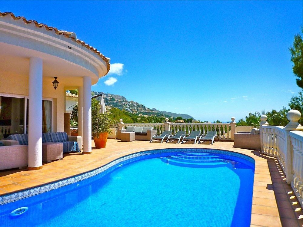 Ref:SSG-P2014 Villa For Sale in Altea La Vella