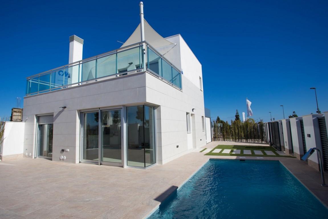 SSG-NLA1: Villa in Los Alcazares