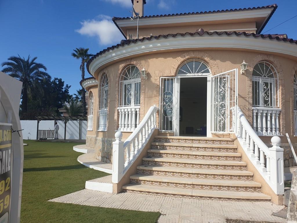 SSG-P2035A: Villa in Ciudad Quesada