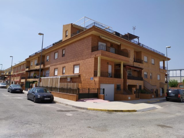 SSG-P2047: Townhouse in Catral