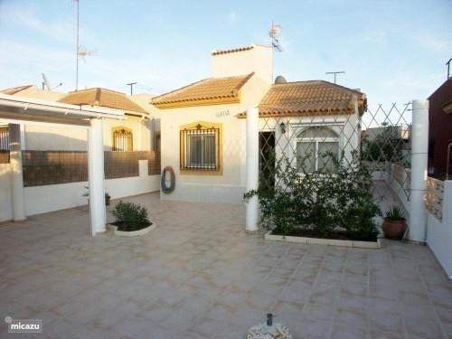 SSG-P2064: Villa in Torrevieja