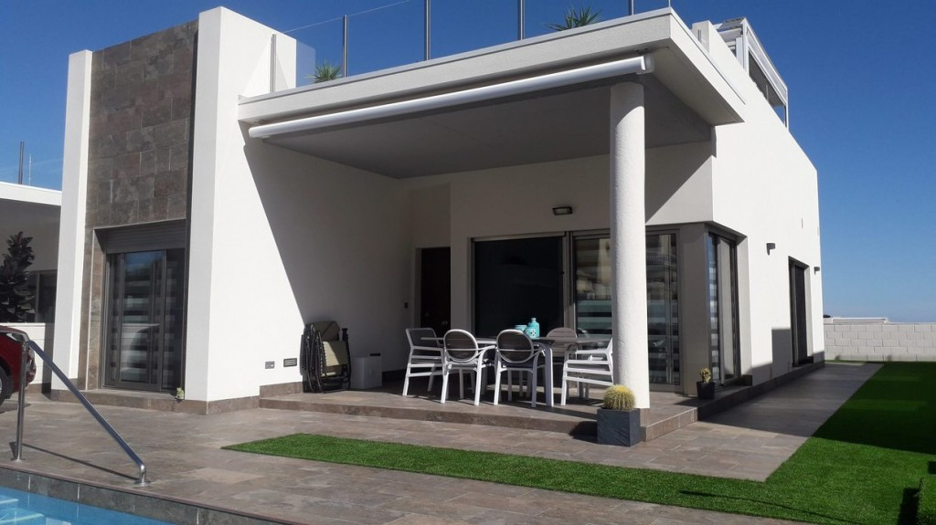 Ref:SSG-P2067 Villa For Sale in Villamartin