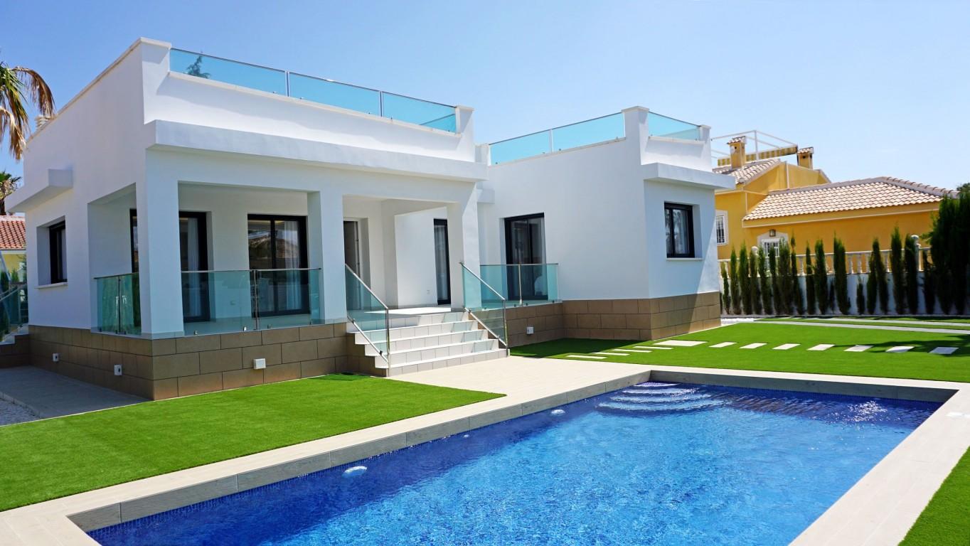 SSG-EUR32: Villa in Ciudad Quesada